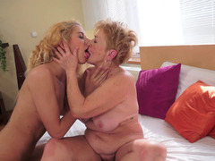 Teen that loves cunt is with a dirty old blonde on the bed