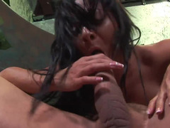 Raven haired Euro MILF slut wants to suck a huge magic stick