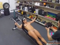 Milf blowjob homemade first time Muscular Chick Spreads Eagle For Cash!