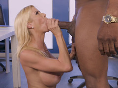 Busty porn diva can't control her interracial sexual wishes
