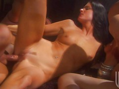 Two sinful brunettes India Summer and Kaylani Lei do it