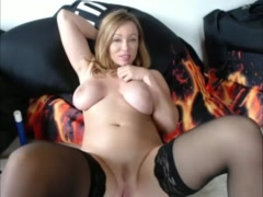 super hot milf masturbating her vagina