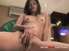 Oriental Web camera Style Little finger fucks her Filipina snatch in inn f