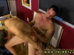 Mature gay home made porn tube Blake Allen can't afford to lose 20% on
