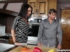 """Naughty America - Jessica Jaymes fucking in the counter"""