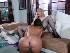 Mature Lesbian In Lingerie Licked By A Young Lady