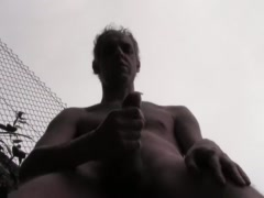 HUGE CUM IN A PUBLIC COURTYARD - HOT HOMEMADE AMATEUR SOLO HUNK TO GENEVA