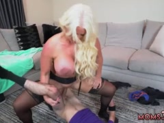 Milf behind the scenes and mom bath porn Step Mom's New Fuck Toy