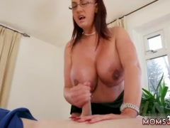 Teen dancing tits and hot milf seduces guy Big Tit Step-Mom Gets a Massage