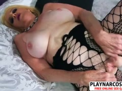 Perfect Stepmom Charlie Charm Gives Blowjob Hard Hot Step son