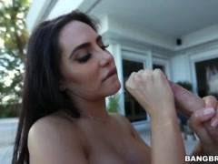 Lela Star Shakes Big Ass