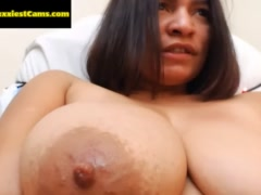 Suck that Big Nipple at SEXXXIESTCAMS.COM - Register for FREE and Watch