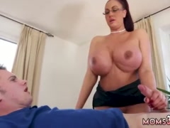 Rub and tug milf bath first time Big Tit Step-Mom Gets a Massage