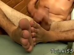 Twink rubbing his foot on crony and porn movie of gay old mature men toes